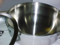 The two-quart chef's pan, or saucier, from Calphalon is a perfect addition to any kitchen.